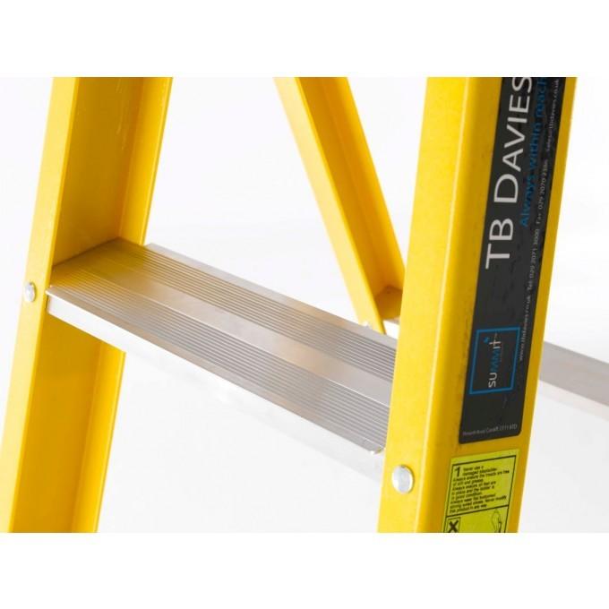 TB Davies EN131 Fibreglass Platform Stepladder With Deep Treads