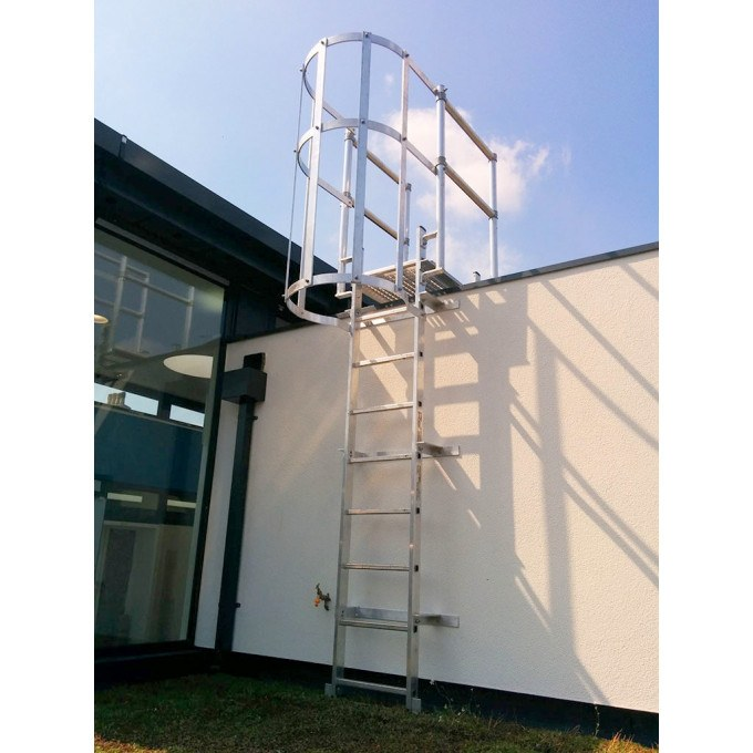 Fixed Vertical Ladder with Safety Cage, Walkthrough & Parapet