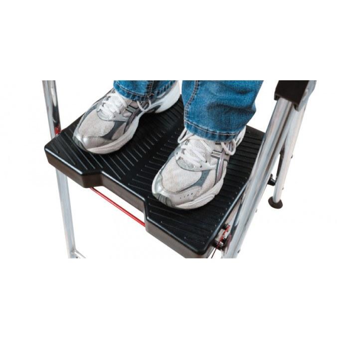 3-Step-Werner-Step-Stool-Platform