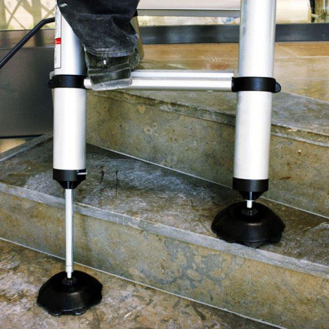 Telesteps-Adjustable-Feet