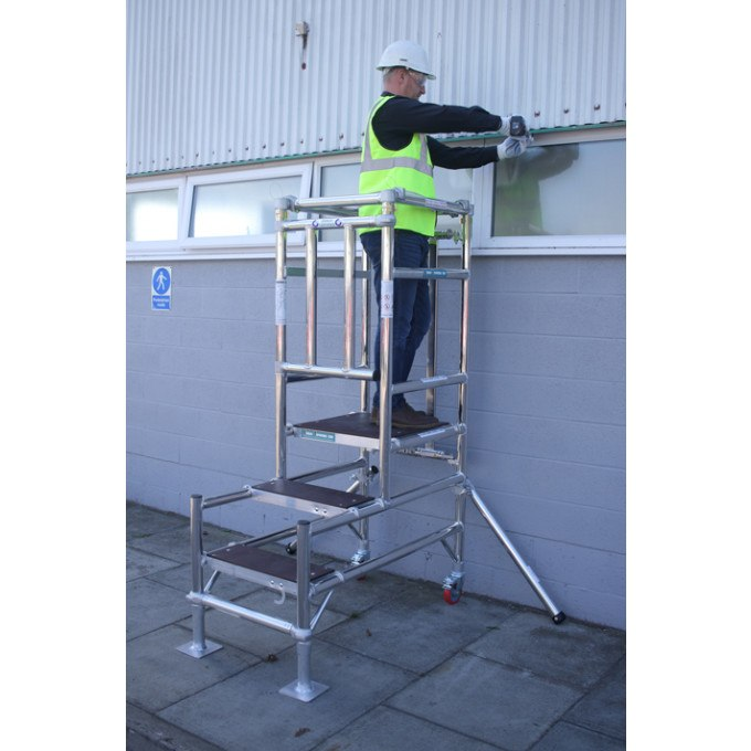 Stepfold BS8620 Certified Aluminium Podium In Use