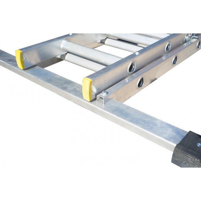 Double Extension Ladder With Stabiliser