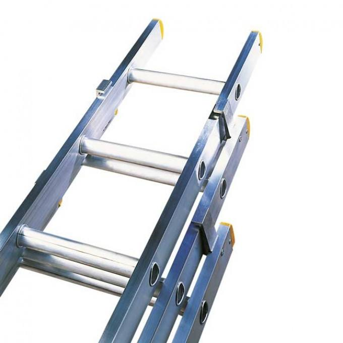 Lyte-ELT-Triple-Section-Extension-Ladder