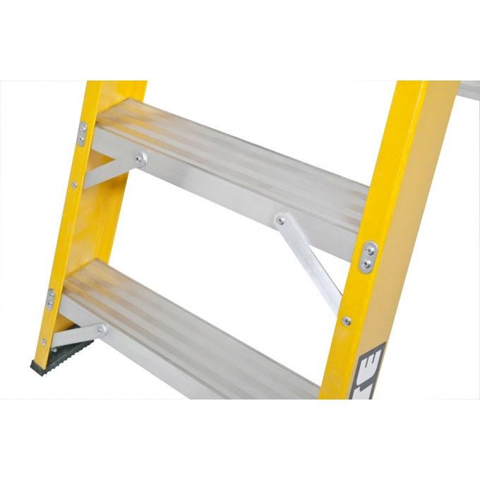 Lyte EN131 Professional Heavy Duty Glassfibre Swingback Stepladder
