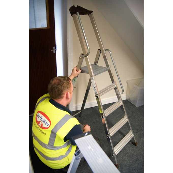 Inspecting a step ladder on the Ladder Users & Inspectors Course