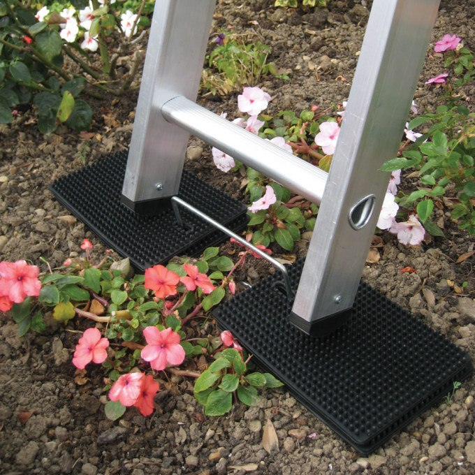 Laddermat Anti-Slip Ladder Leveller on soil