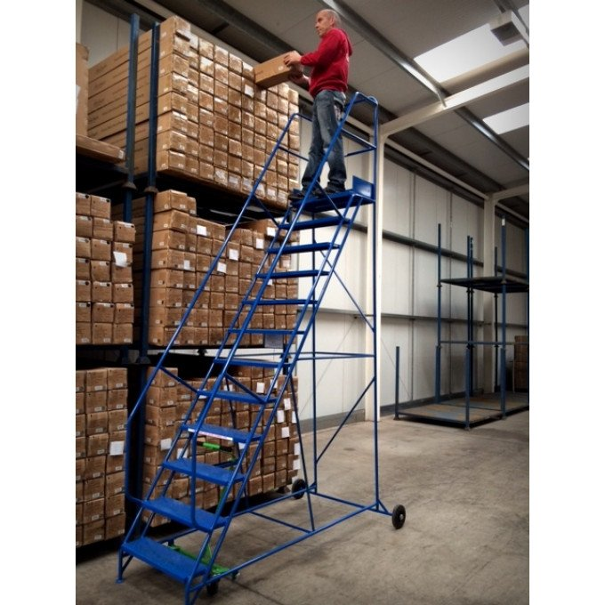 Klime-ezee Warehouse Step provided to Supremo Ltd