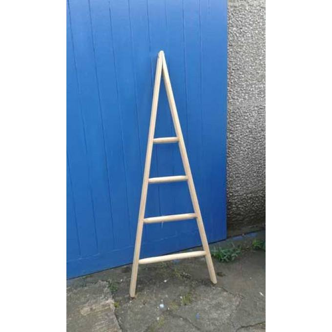 Wooden-Window-Cleaners-Pointer