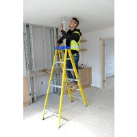 Youngman S400 Glass Fibre Swingback Stepladders