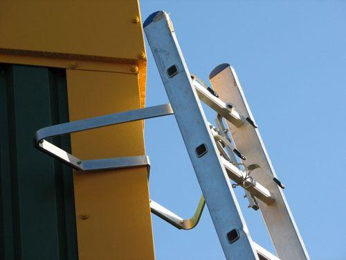 V type ladder stand off
